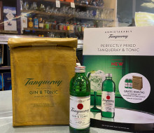 Seasonal Tanqueray & Tonic flagship store